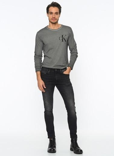 Tişört-Calvin Klein